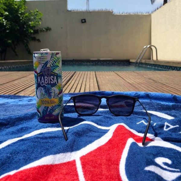 Kabisa energy drink relax pool photo